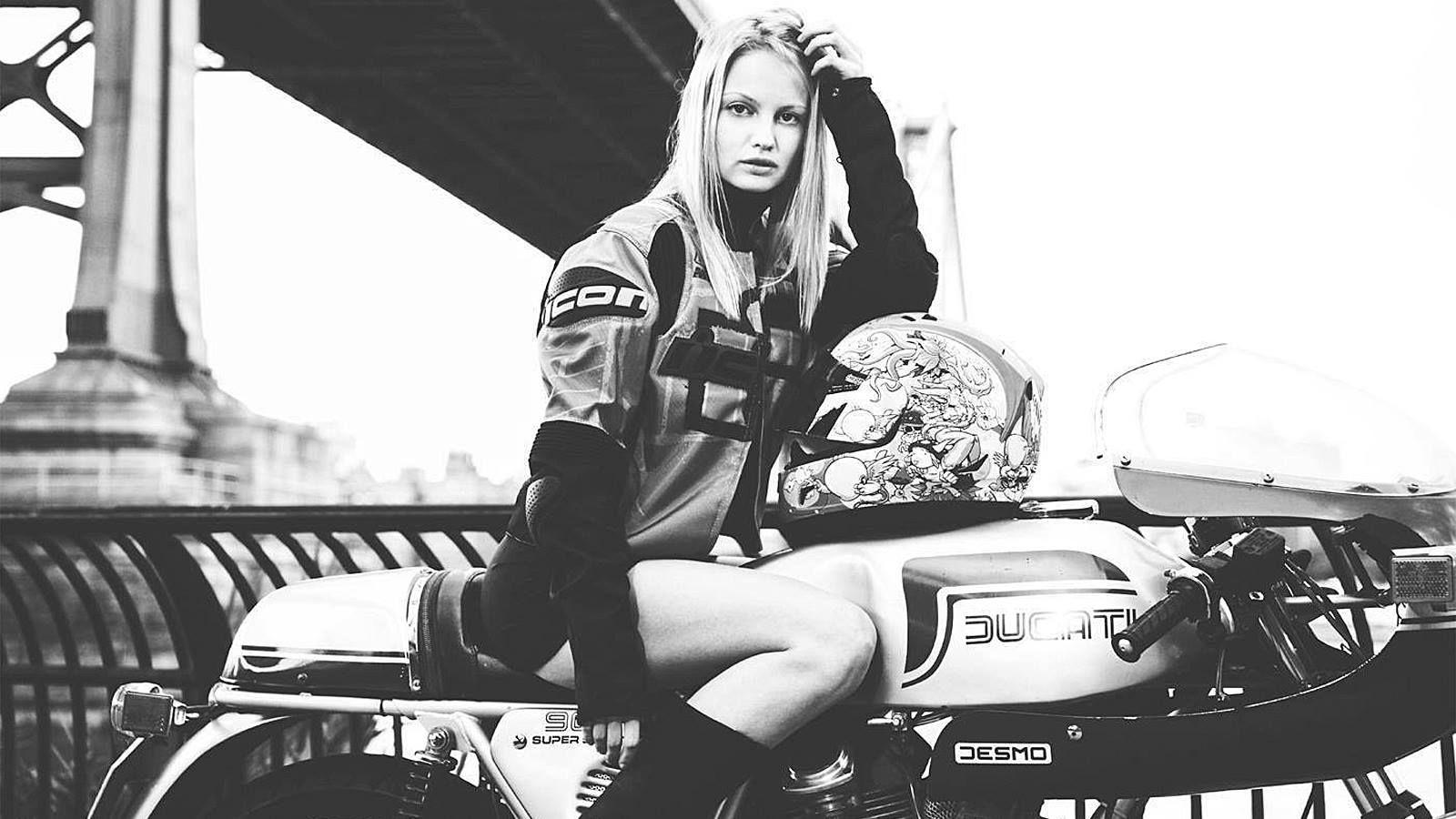 Blonde #girl on a #vintage #Ducati