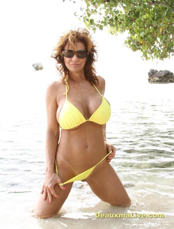 Deauxma On Swimsuits Swim Wear And Sexy Bikini