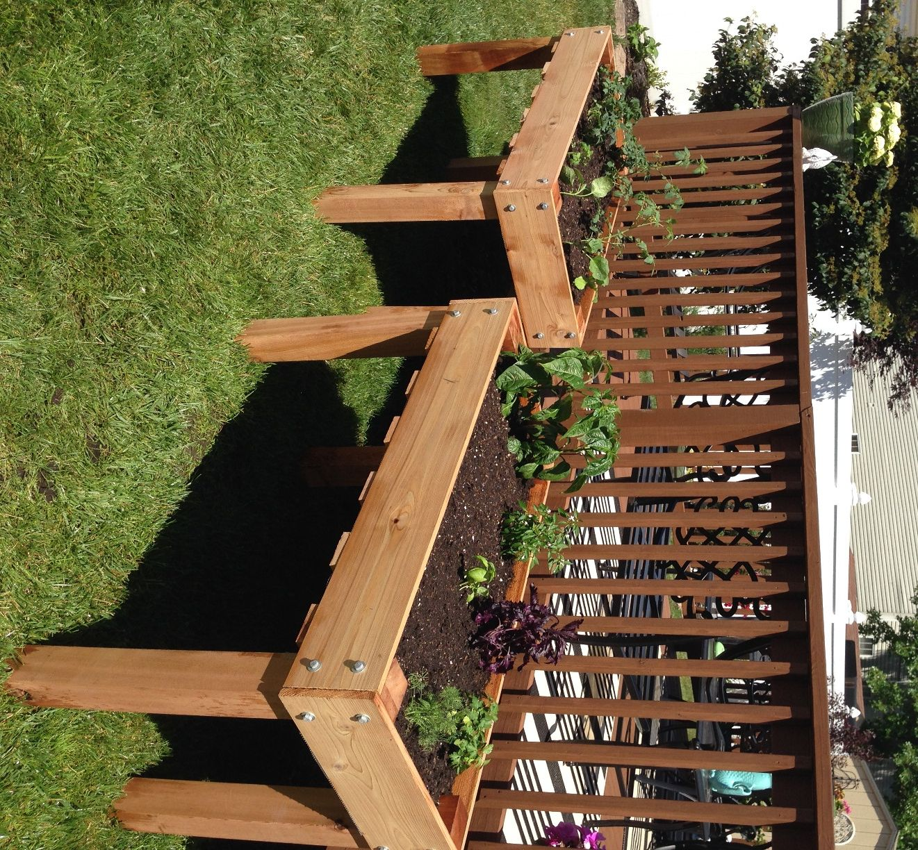 New Counter Height Planters In Use Do It Yourself Home 640 x 480