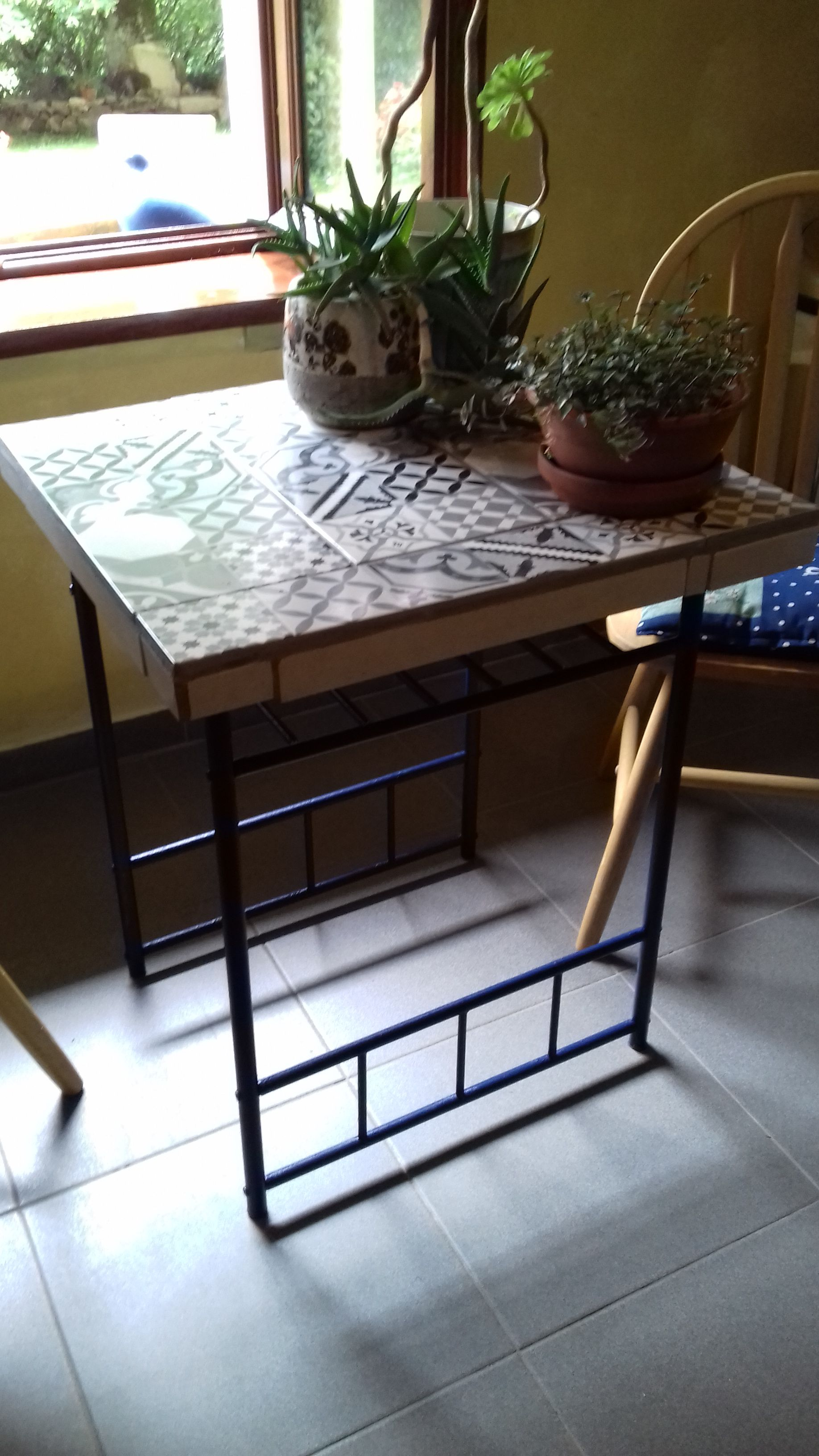 Nett Bunte Küchenstühle Pinterest Fotos - Küche Set Ideen ...