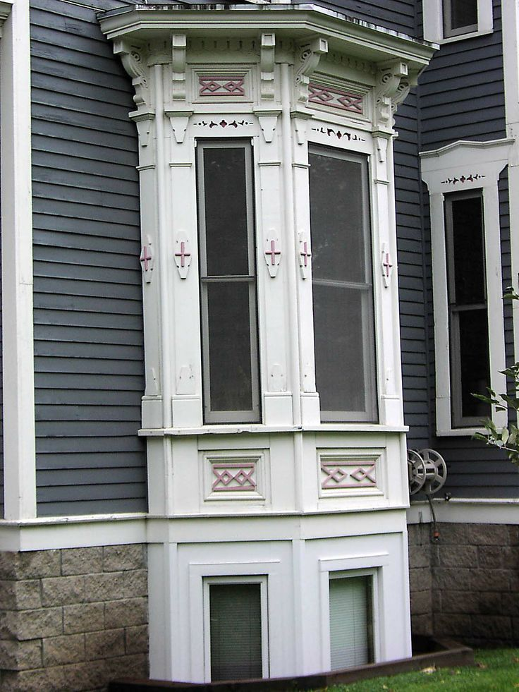Gothic Bay Window Google Search Victorian Windows Victorian Homes Bay Window Exterior