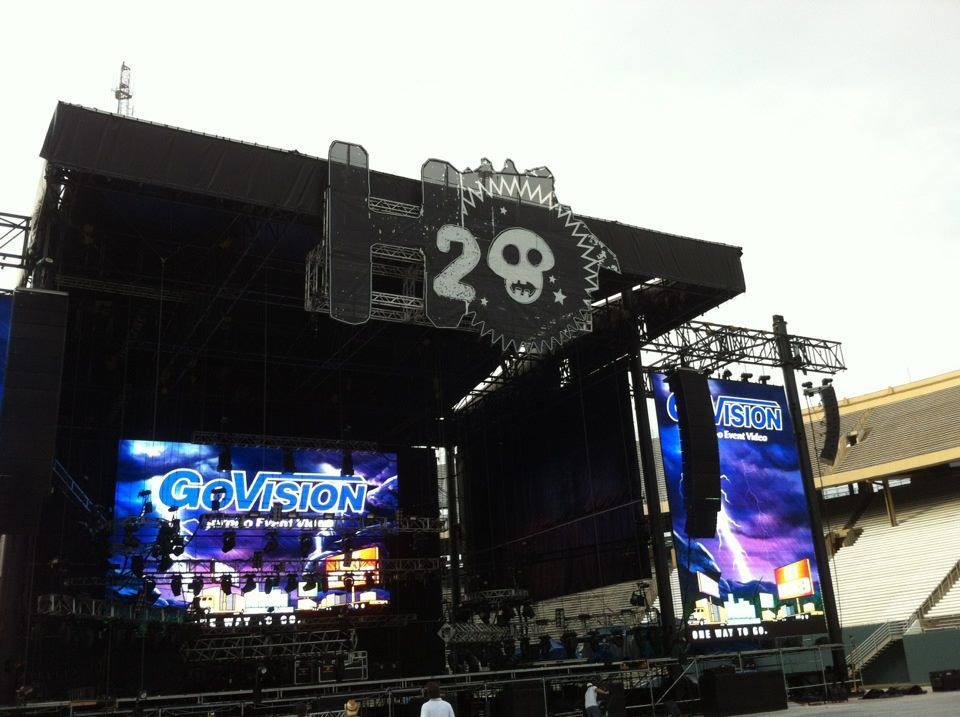H2O 2012 Dallas stage.  Check out the huge H2O sign created by the EP team.  If you are looking for custom fabrication for any event, along with our other concert services (lighting, video, video screens) contact us at www.eventproducers.com