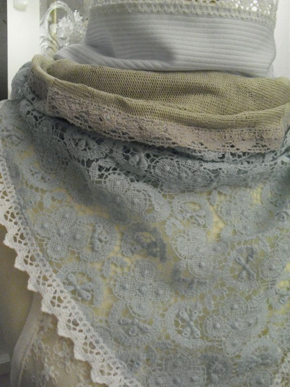 Use up lace scraps to sew a light scarf