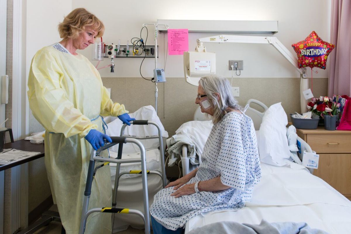Elderly Hospital Patients Arrive Sick And Leave Disabled Elderly Care Health Insurance Coverage Acute Care