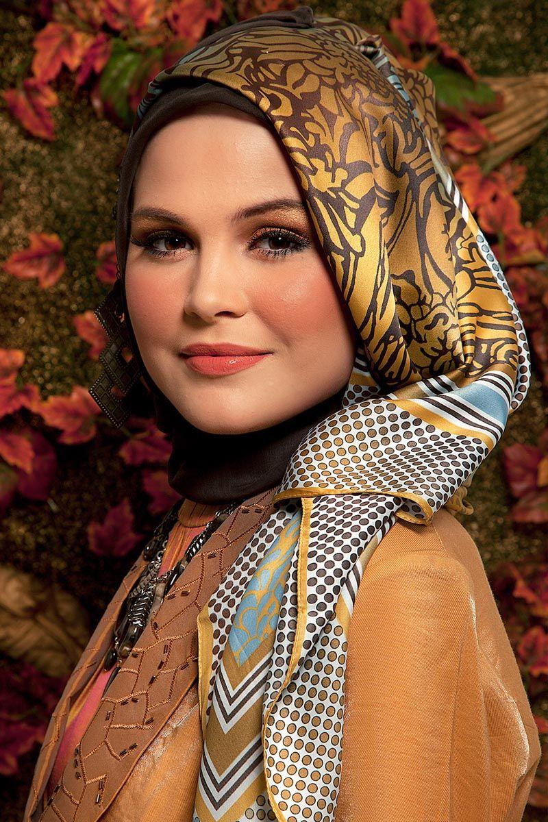 Mustard organza abaya, necklace, printed shawl and hijab accessories by Shafira.