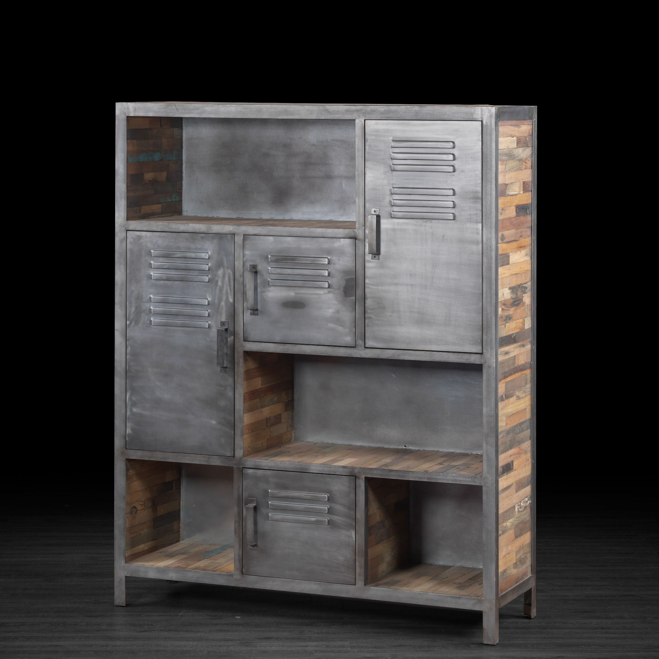 grande biblioth que industrielle en m tal et bois recycl. Black Bedroom Furniture Sets. Home Design Ideas