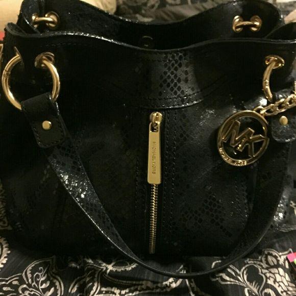 61708e0b548d Michael Kors Python Handbag NWOT. Black python handbag. Very nice. Has a  matching wallet in seoerate listing.Selling for a friend. MichaelKors Bags