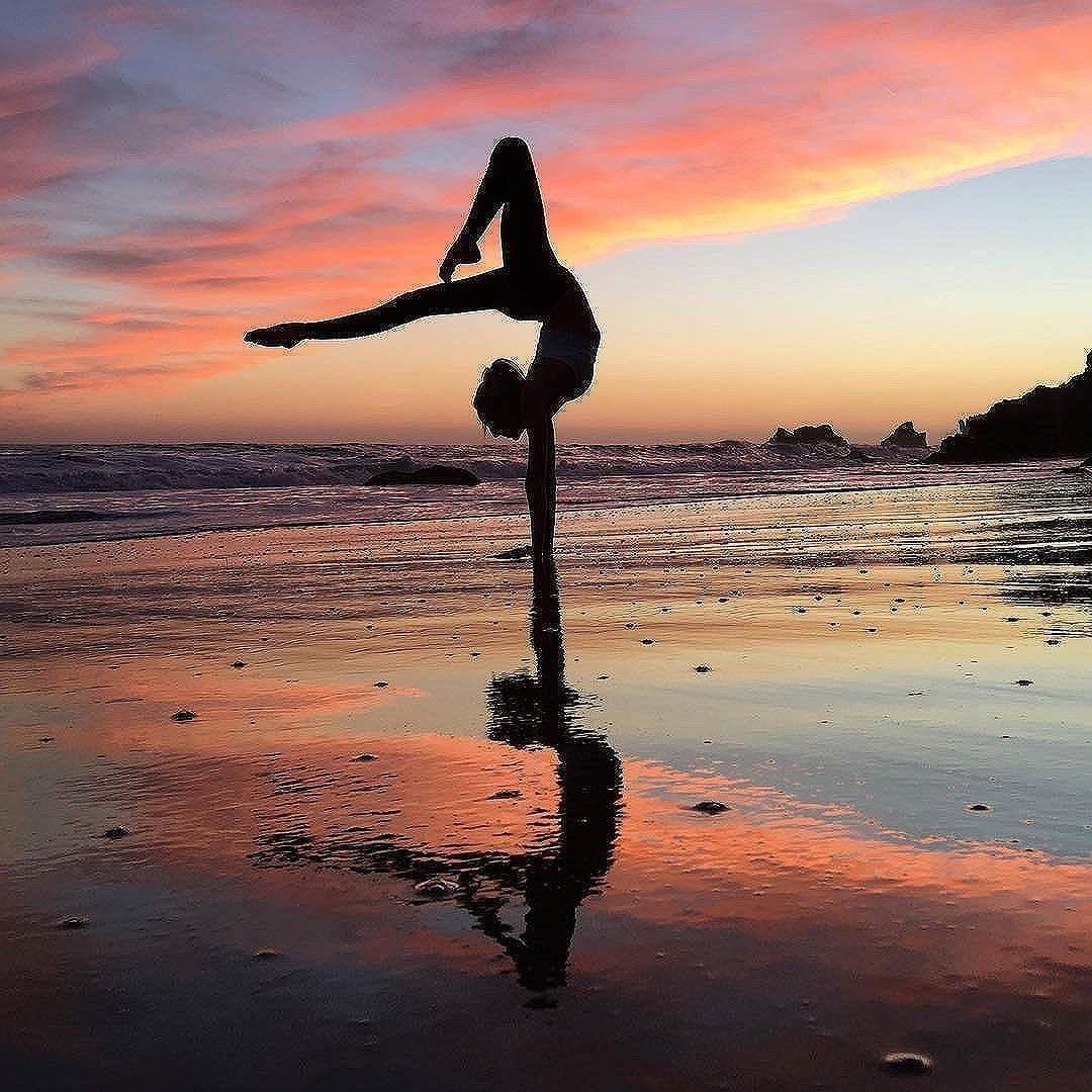 Pensee Positive Amour De Soi Eveil Spirituel Etat D Esprit Developpement Personnel Epanouissement De Photo Gymnastique Poses De Gymnastique Images Gymnastique