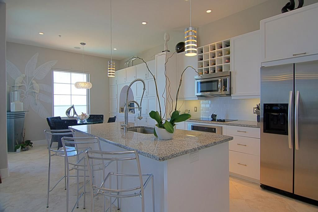 Majestic White granite | House - Paint, Counters, and ...