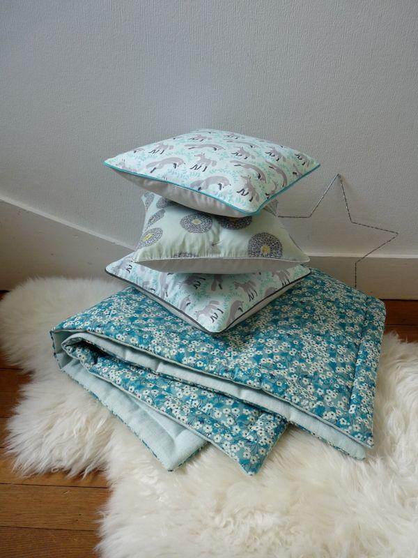plaid b b ou courtepointe pour lit d 39 enfant en liberty exclusif au recto lin lav mint au verso. Black Bedroom Furniture Sets. Home Design Ideas