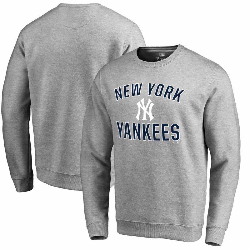 New York Yankees Fanatics Branded Victory Arch Crew Neck