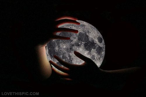 Moon photography beautiful hands moon perfect moonlight