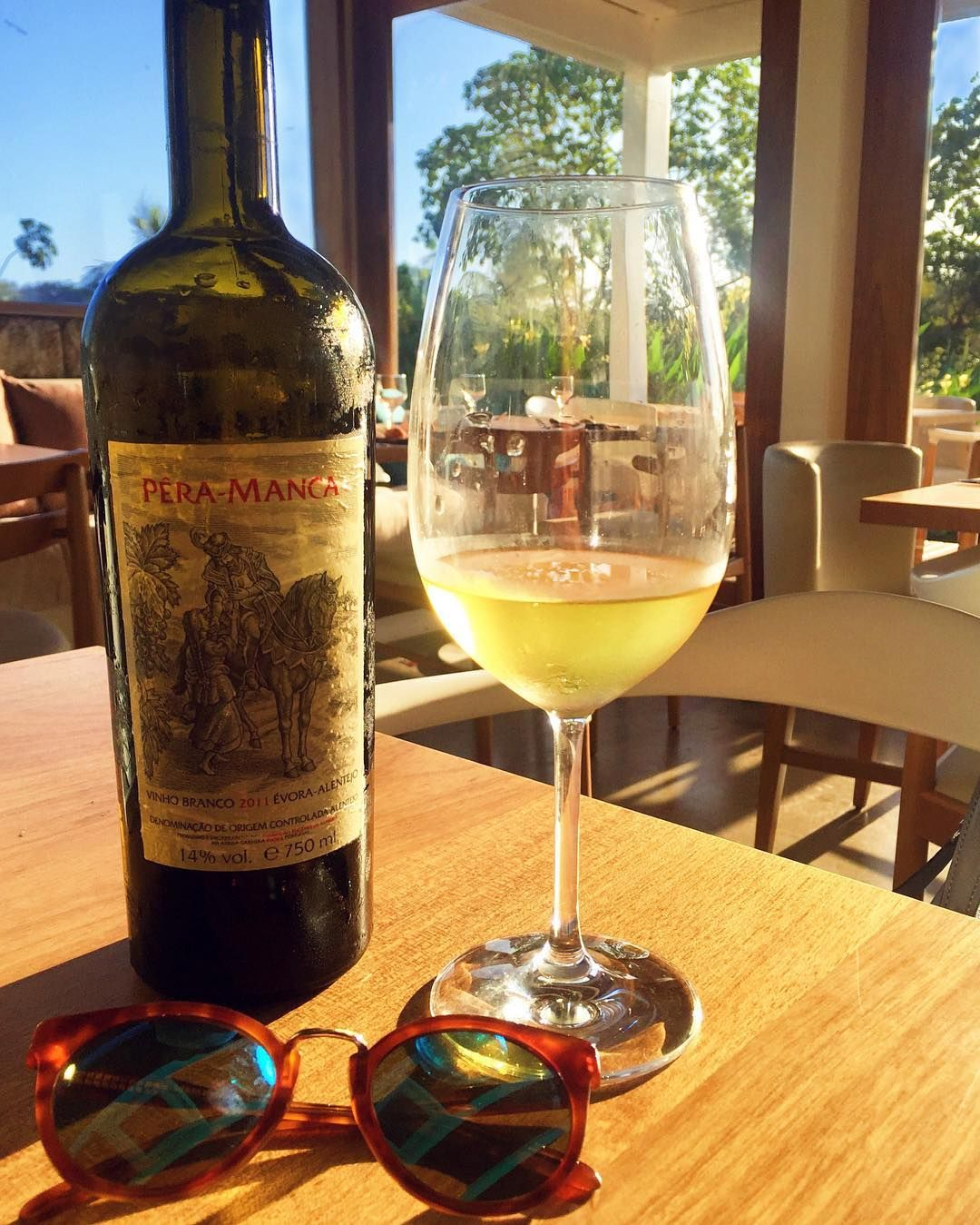 Cheers!  Sábado feliz por aqui comemorando as boas notícias  #saturdays #winelovers #fortaleza #paradise