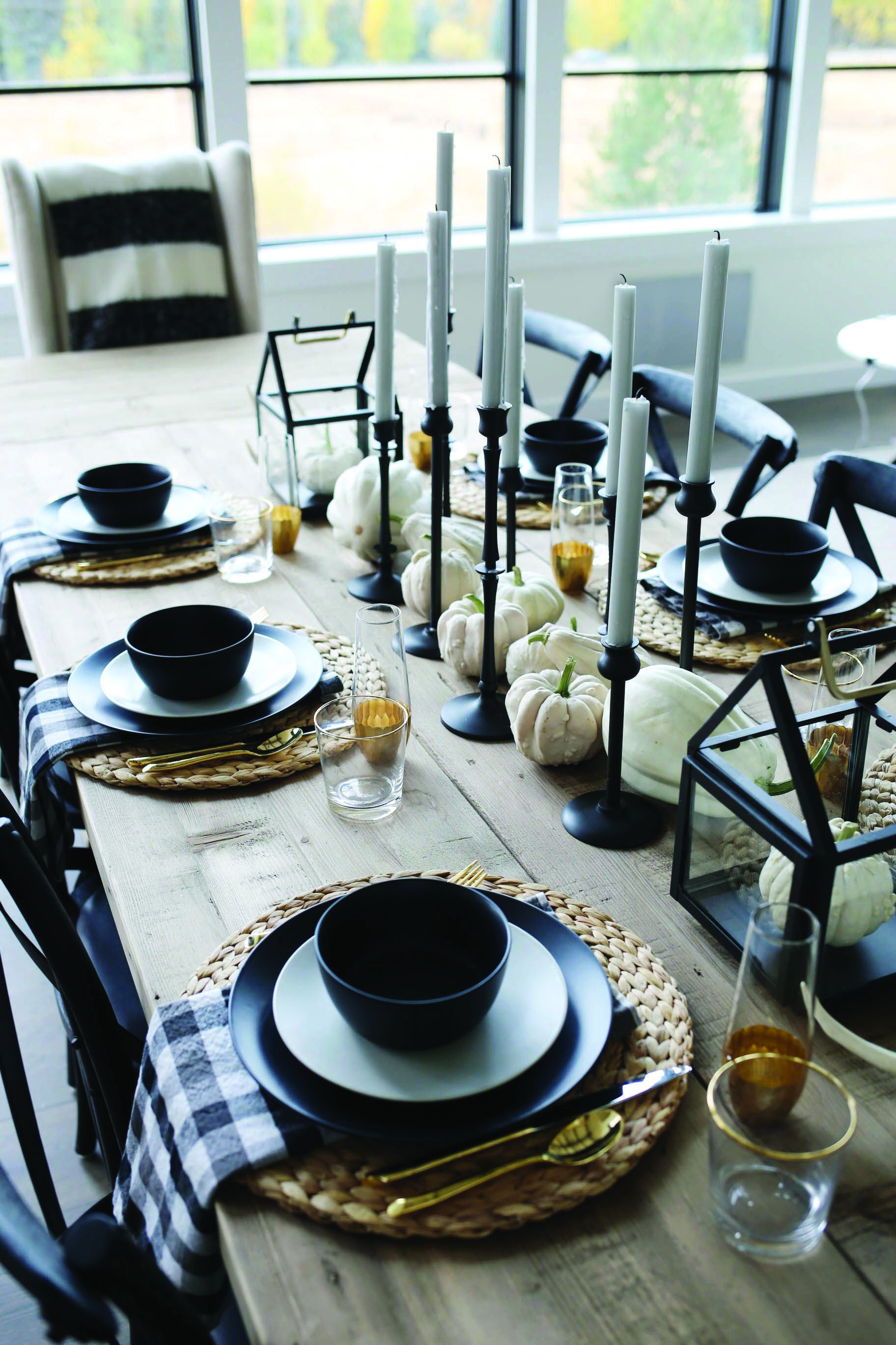 Just How 10 Top Professionals Do A Formal Dining Room Fall Dining Room Dining Table Decor Formal Dining Room Furniture