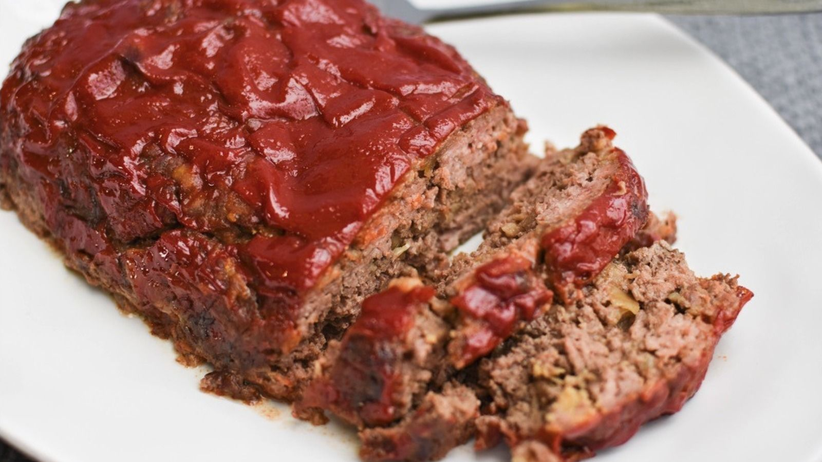 Ina Garten S Meatloaf With A Twist Recipe In 2021 Delicious Meatloaf Ina Garten Meatloaf Meatloaf