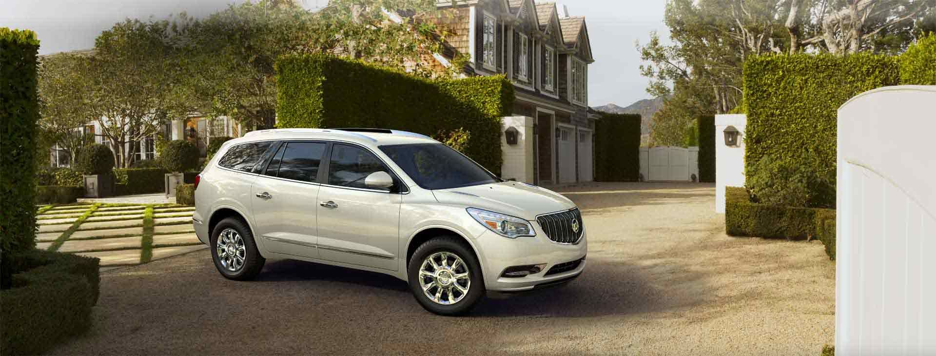 Champagne Silver Metallic Buick enclave, Luxury