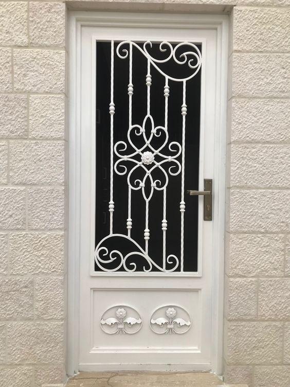 Pieza Central Forjada Cod D 5516 Consultar Catalogo En Www Forjadosenhierro Com Puertas De Entrada Aluminio Puertas De Fierro Puertas De Entrada De Metal