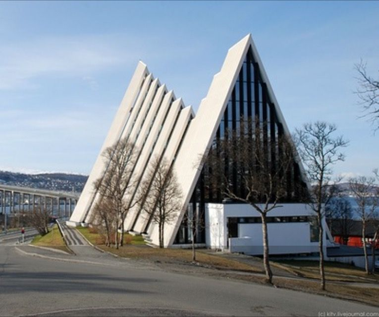 Pin By Pasqua Rosso On Modern Church Architecture Pinterest