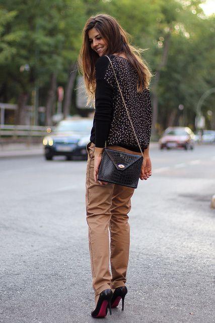 trendy_taste-look-outfit-street_style-AW13-leo_print-leopardo-black_stilettos-stilettos_negros-mariposas-butterflies-black_leather_handbag-b...