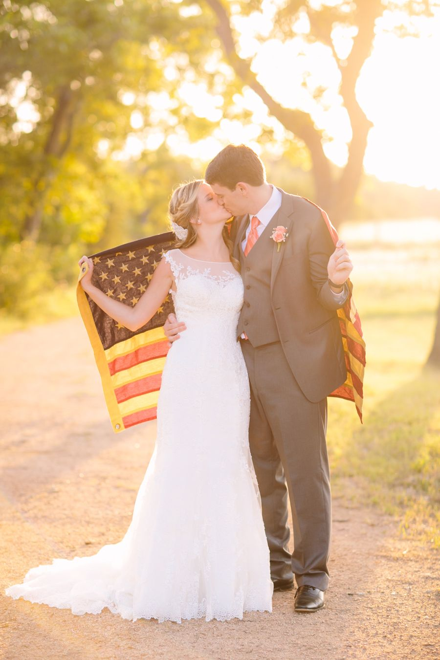 A 4th of July wedding with a subtle holiday theme.