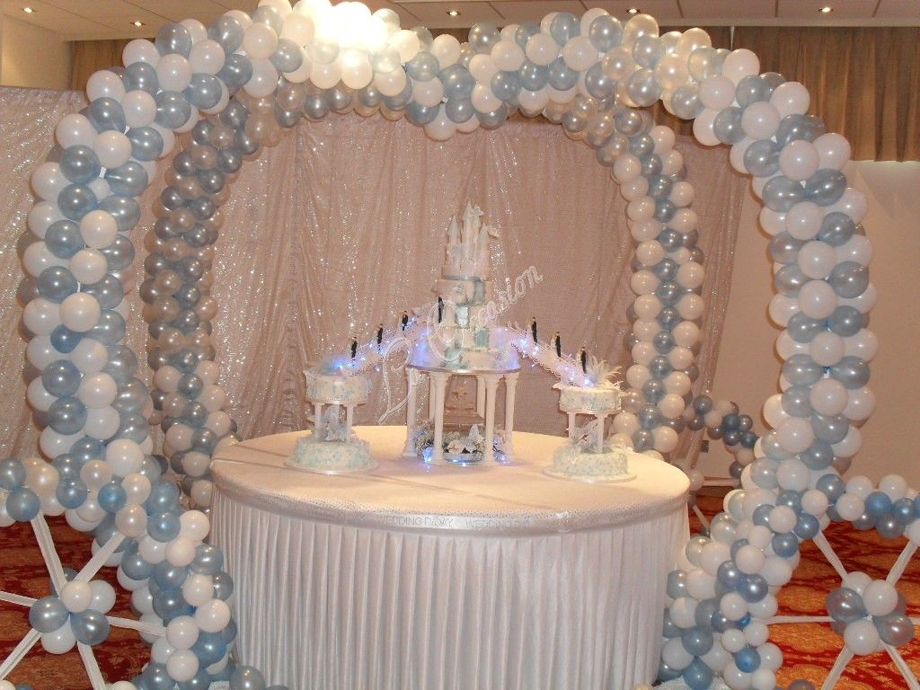 Cake Table Decoration Cinderella Wedding Carriage Over The Cake Table Cc Eventsllc