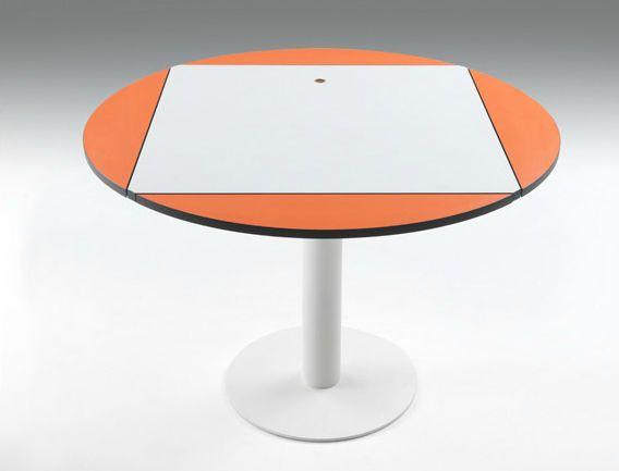 Tavolo moderno in legno rotondo da interno frisbee by