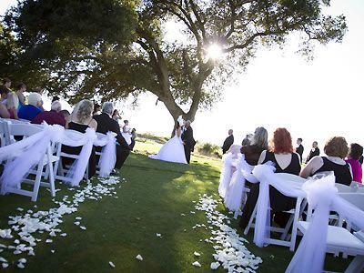 Picturesque Under The Oak Tree 3 Chardonnay Golf Club Napa Wedding Venue Wine Country