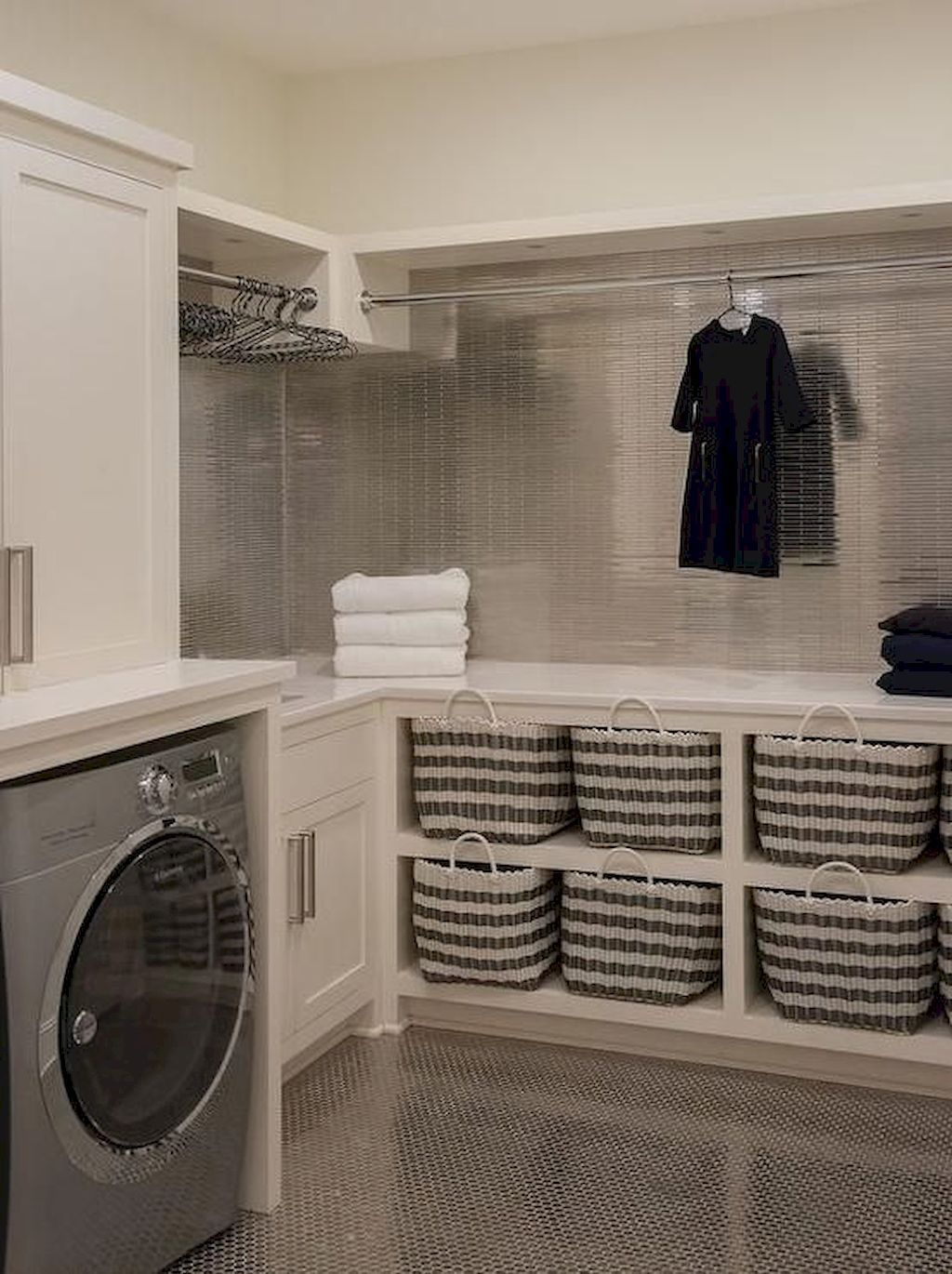 Cool 90 Simple And Clean Modern Laundry Room That Fit Into Contemporary Homes Https Livinking Laundry Room Layouts Laundry Room Remodel Basement Laundry Room