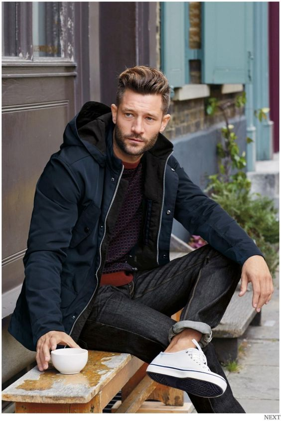 you don t have to wear heavy boots all winter on warmer days opt for your white sneakers simple weekend look h layered fashion well dressed men mens fashion