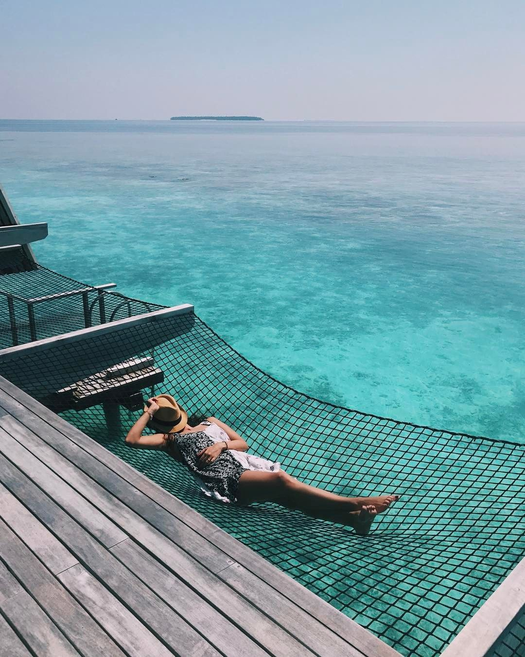 Vanuatu Water Bungalows: Hammock Floors Take Overwater Bungalows To A New Level Of