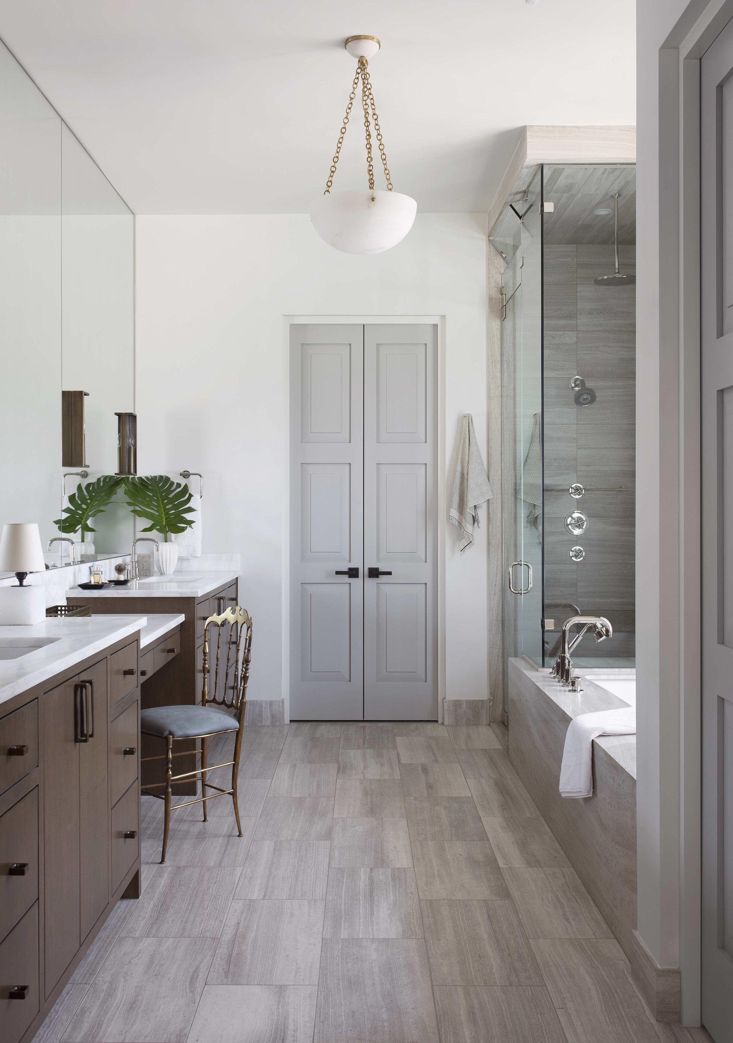 Clean Transitional Master Bathroom Studio Seiders Bathroom Remodel Cost Simple Bathroom Remodel Bathrooms Remodel
