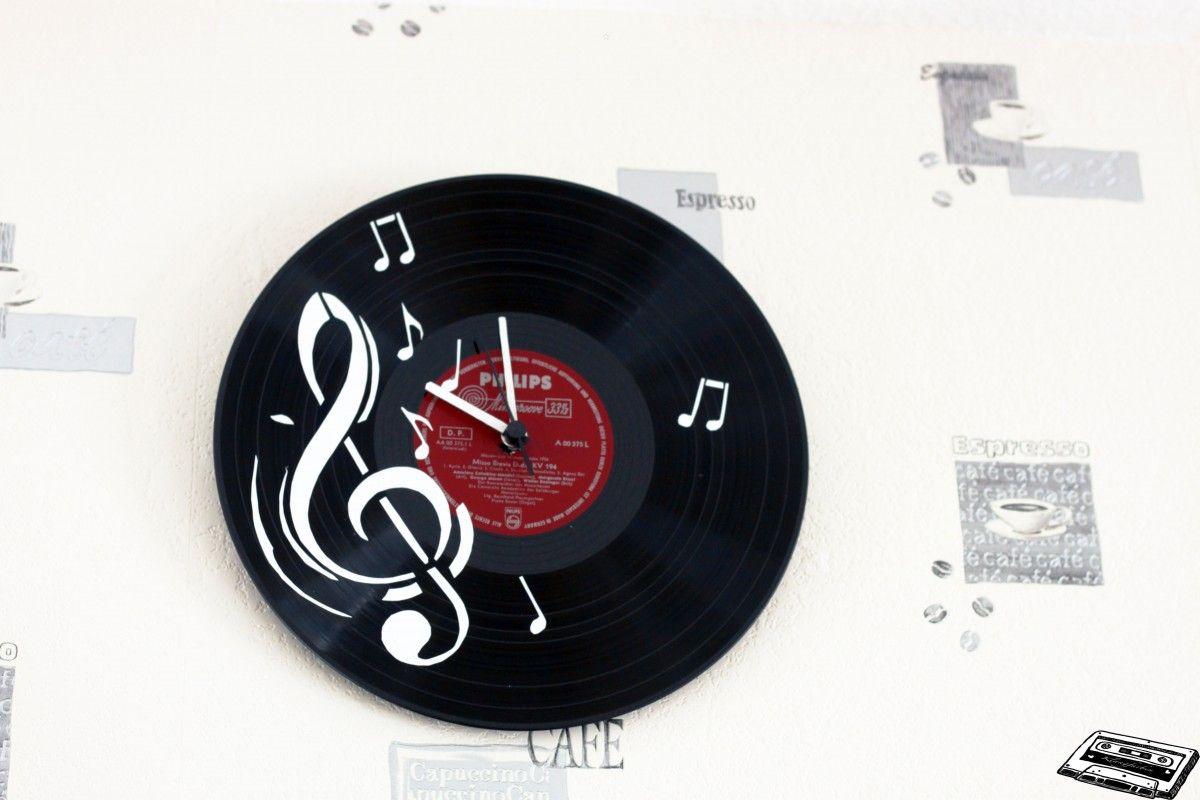bild in originalgr e anzeigen vinyluhren pinterest schallplatten uhr uhren selber machen. Black Bedroom Furniture Sets. Home Design Ideas