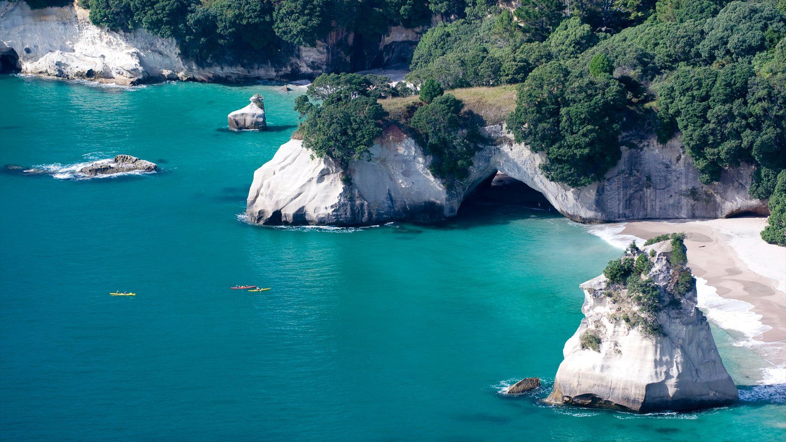 Cathedral Cove Beach Hahei New Zealand One Of The Most Visited Sites On Coromandel Peninsula Accessible Only By Foot Boat Or Kayak