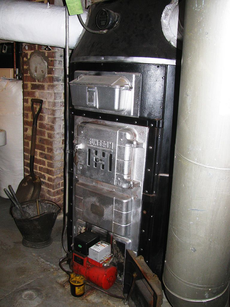 Heating With An Old Octopus Furnace Antique Stoves Old