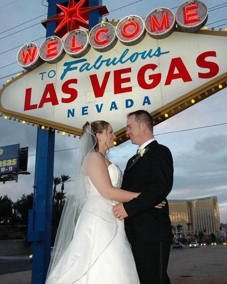 Tony N Tina S Wedding Is The 1 Show For Brides Girls Night Out Bachelorette Parties And Rehearsal Dinners Las Vegas Weddings La Wedding American Wedding