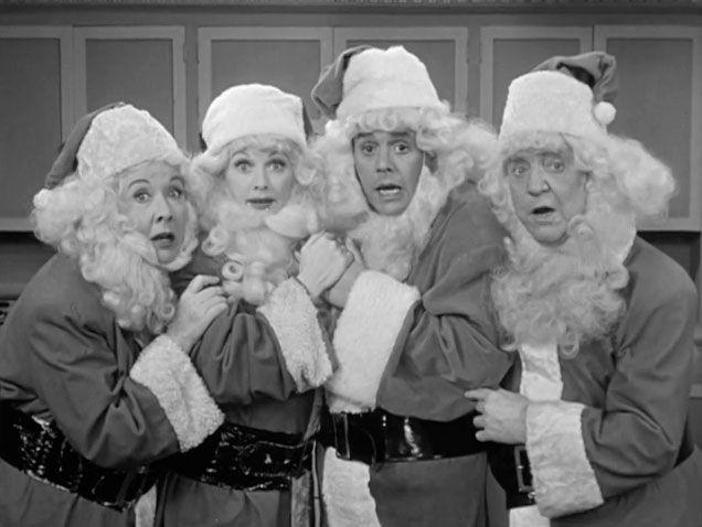 """I love Lucy"", Christmas Show - Vivian Vance, Lucille Ball, Desi Arnez, William Frauley ' , Christmas!   ~ Ʀεƥɪииεð╭•⊰✿ © Ʀσxʌиʌ Ƭʌиʌ ✿⊱•╮"