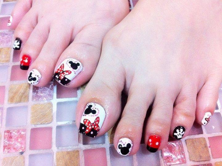Mickey - Nail Art Gallery | UÑAS DISNEY | Pinterest | Mickey nails ...