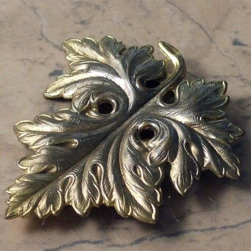 1930s vintage dress clip | vintage jewellery | Jewels & Finery UK