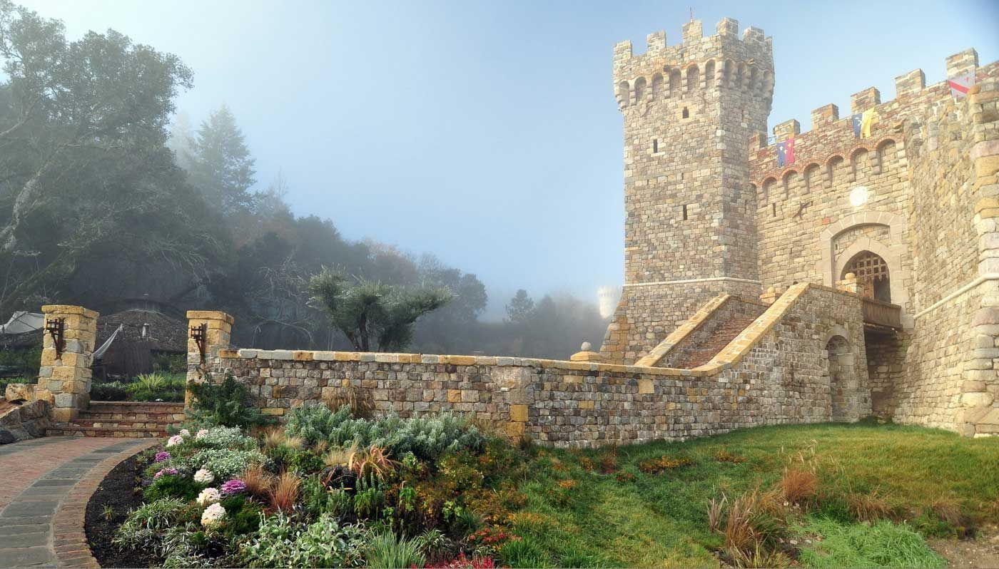 10 incredible diy castles built by a single person - Single Wall Castle 2015