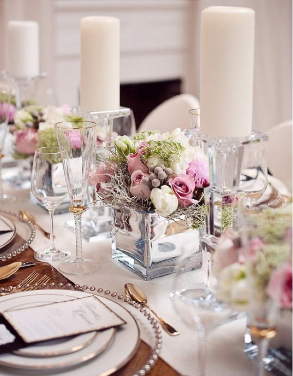 Grab Your Wedding Guests Attention With These Impressive Low Centerpieces