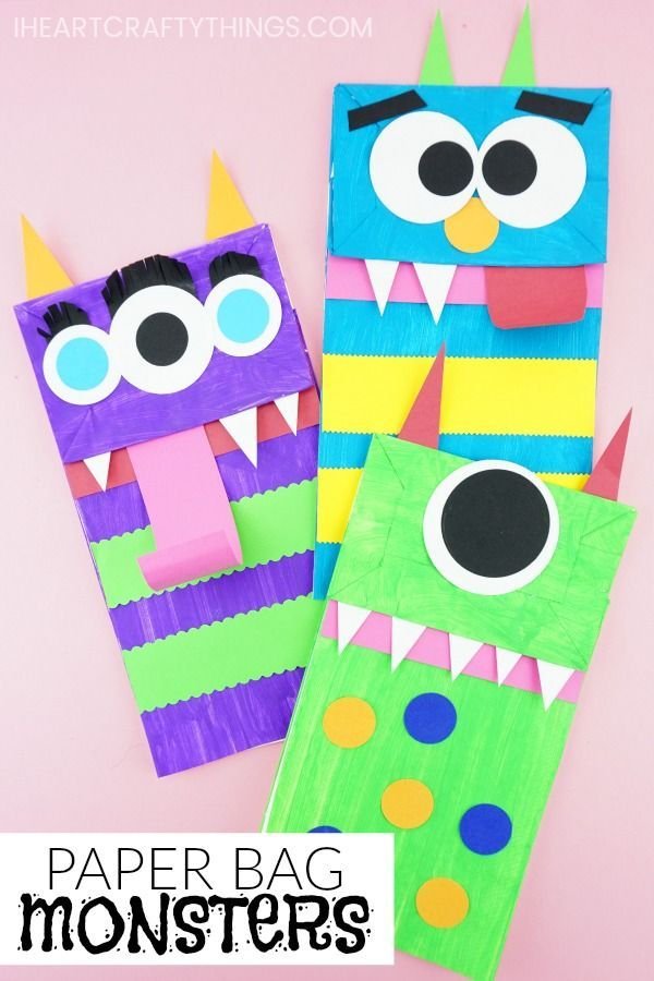 Kids will love using their creativity to create these paper bag monster puppets. Fun Halloween craft for kids and monster kids craft. #paperbagcrafts #halloweencrafts #halloweencraftsdiydecorations #kidscraft #iheartcraftythings #craftsforkids #crafts