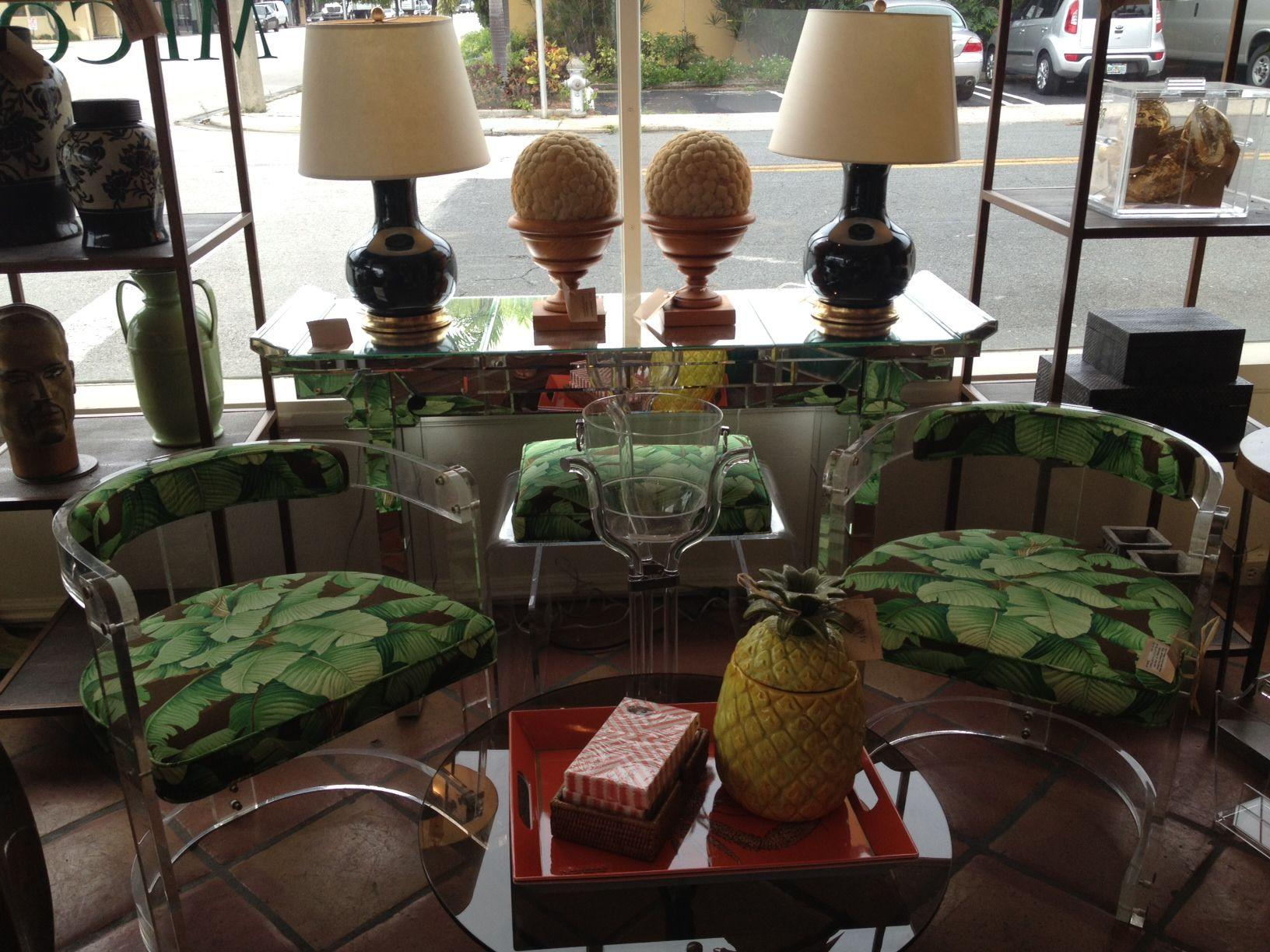 #colorful #mecox #palmbeach  #mecoxgardens #decor #home #homedecor #design #interiordesign #christopherspitzmiller #lamps #lucite #vintage