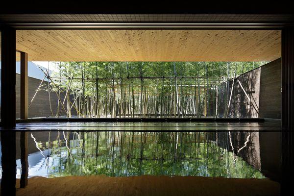三重県の大人気リゾート アクアイグニス で身も心も癒やされたい 観光 旅行ガイド ぐるたび 温泉 モダンな日本庭園 ホテルのロビーのデザイン
