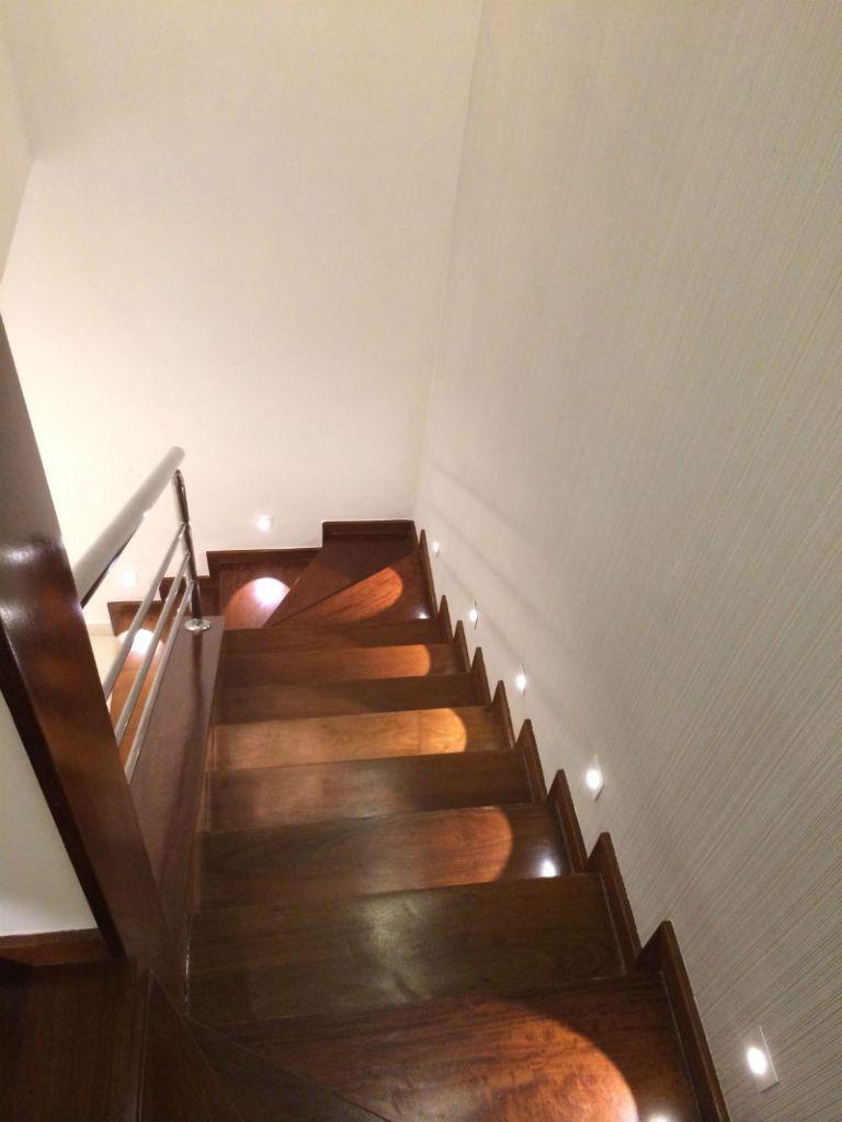 Selecionamos 36 escadas projetadas pelos arquitetos e designers de interiores da rede social CasaPRO
