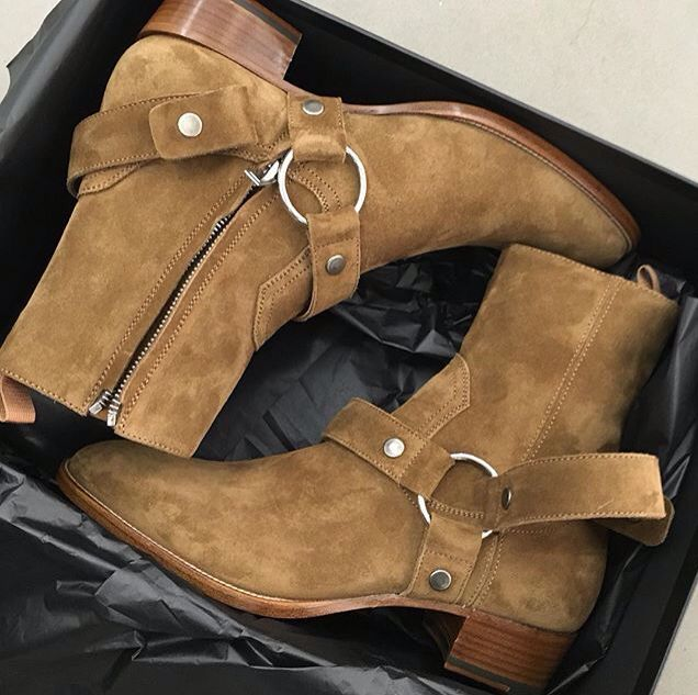 d0a4d4a4d1 Chelsea boots YSL | fashion envy in 2019 | Boots, Chelsea boots
