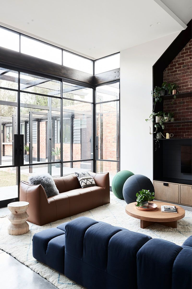 Stylish Modern Reconstruction Of Old Period Home In Melbourne