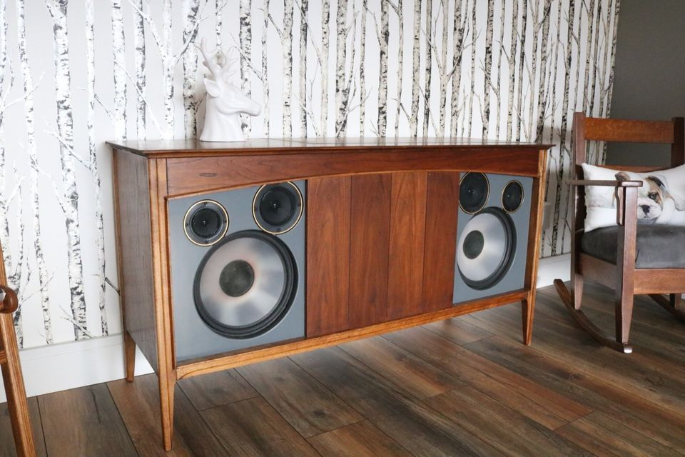 Fully Restored Walnut Console Stereo Mid Century Modern Piece Made In Kitchener In 1954 By Deilcraft It Home Theater Seating Home Theater Setup Home Theater