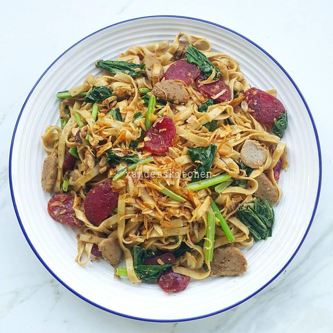 4 106 Likes 79 Comments Xander S Kitchen Xanderskitchen On Instagram Kwetiau Goreng Ini Pake Kwetiau Kering Ga A Resep Masakan Masakan Resep Makanan