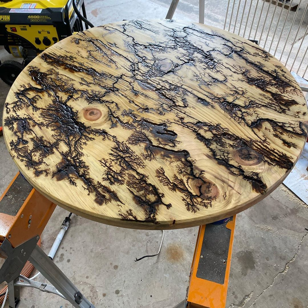 Been a crazy busy day! Got a board oiled another glued and I got the round table top sanded, surfaced and burned! Soon, stain and epoxy! Can't wait to see the finished product! #320gritcustoms #worksinprogress #woodworking #woodworkersofinstagram #woodporn #woodburning #fractalburning #woodartistry #epoxyresin #homedecor #kitchendecor #himedecoration #kitchendecoration #bartable #wisebondepoxy #smallbusiness #smallbusinessowner #art #artistsoninstagram #rocklerwoodworking #jettools #lagunatools