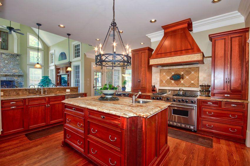 25 Cherry Wood Kitchens (Cabinet Designs & Ideas) | Cherry ...